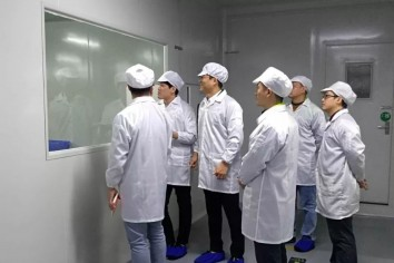 December 13, 2018, a group of Korean customers came to our company for field visits and annual audits